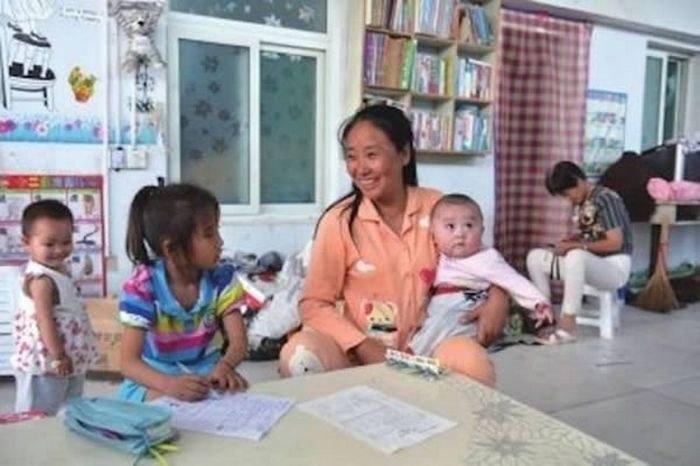 """15256702395aefe15f6e8b4 """"Хайрын тосгон"""" гэх асрамжийн газраа 118 хүүхэд үрчилсэн эмэгтэйг баривчлав"""