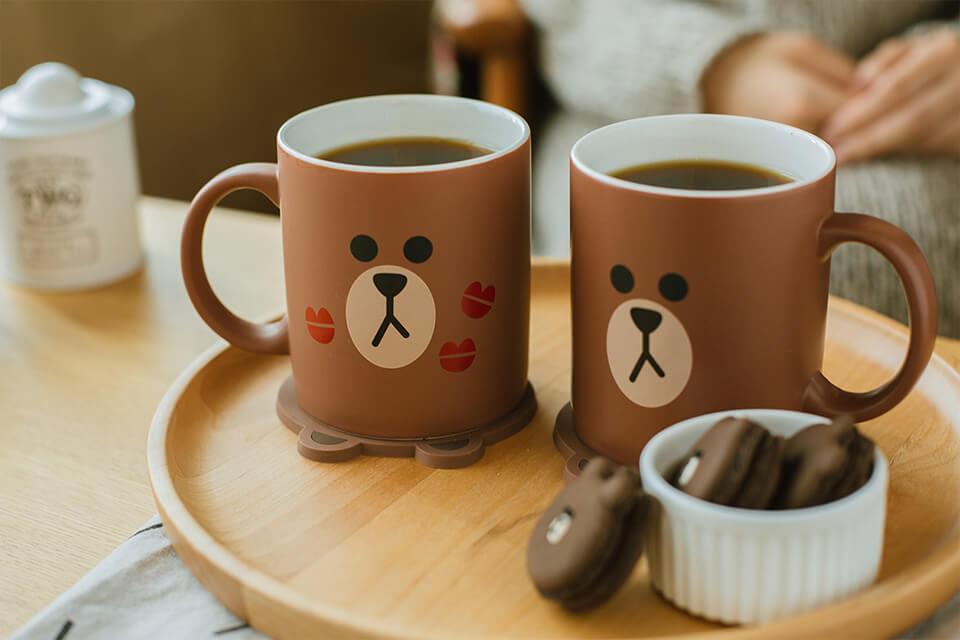 """2b61b83d83b3b917cefbf62d11863eac Өмнөд Солонгост  таныг ганцаардуулахгүй """"өхөөрдөм"""" зургаан кафе"""