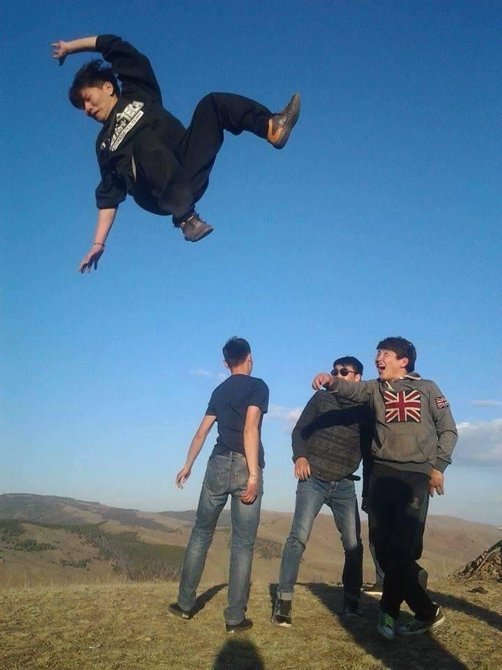 """31698788_832768876926257_17862919307919360_n Энд тэндгүй ниссэн хүмүүс, монголчууд бүгд """"нисдэг"""" болжээ"""