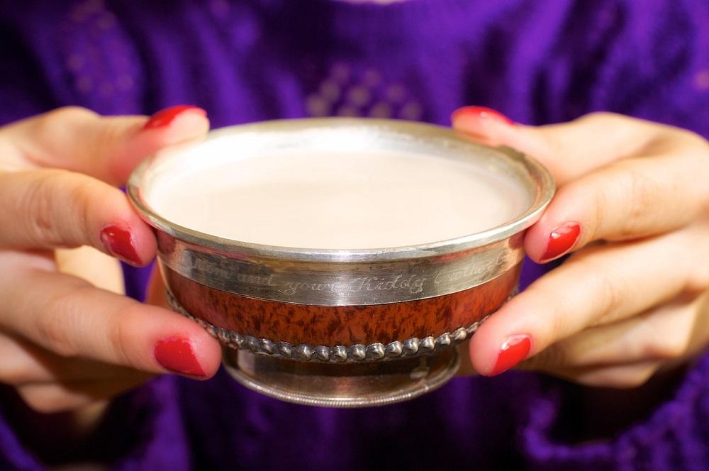 498701aceb3e8afc90cbd3d8923b4416 Гараа угаалгүй цайны идээнд хүрдэггүйн учир