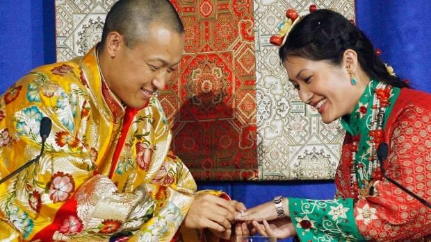 """image-1 Буддист нийгэмлэгийн тэргүүн """"хормойн хэрэг""""-ээр албан тушаалаасаа огцров"""