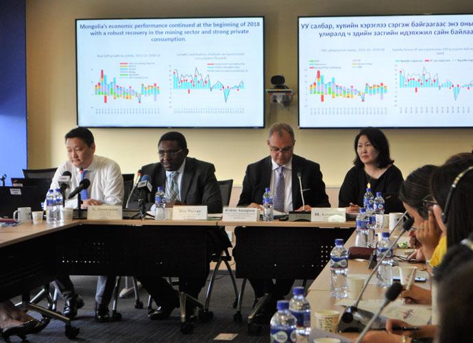 world_bank1 Дэлхийн Банк: Монгол Улсын эдийн засгийн өсөлтийн төлөв эерэг хэвээр байгаа ч улсын хөрөнгө оруулалтын үр ашгийг сайжруулахад анхаарах шаардлагатай байна