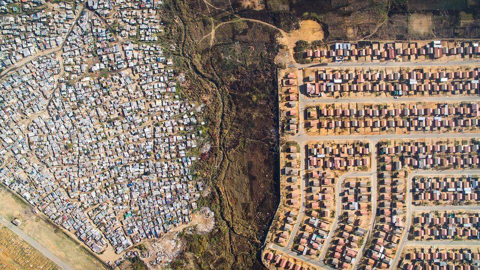 09 Дэлхийн улс орнуудын баян ядуугийн ЯЛГАА