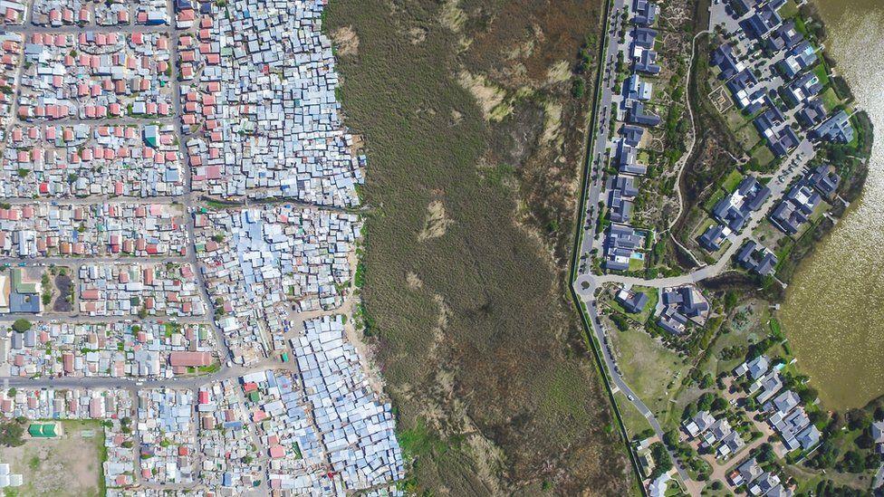 10 Дэлхийн улс орнуудын баян ядуугийн ЯЛГАА