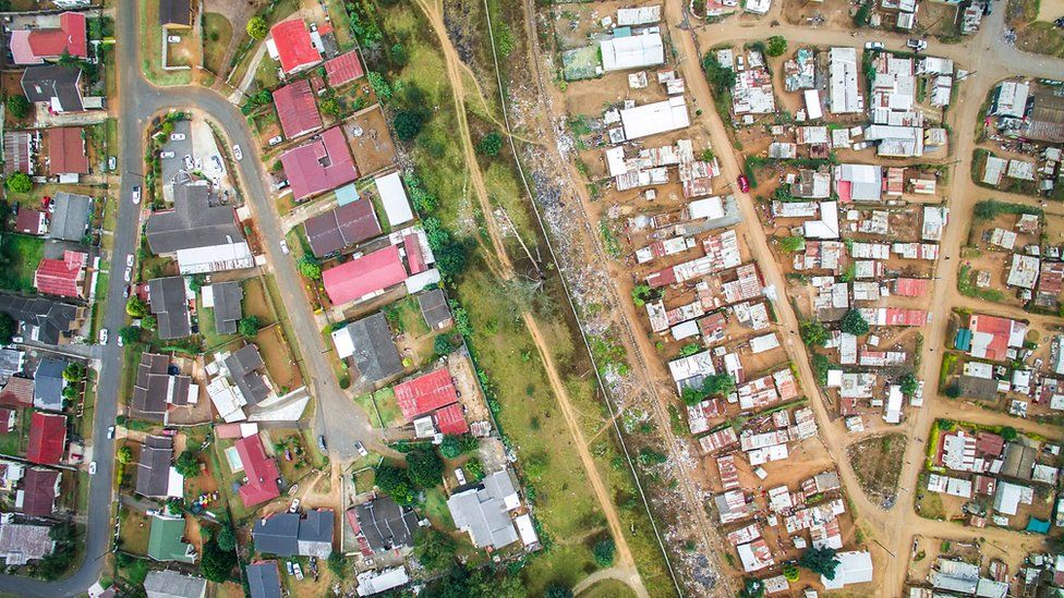 11-1 Дэлхийн улс орнуудын баян ядуугийн ЯЛГАА