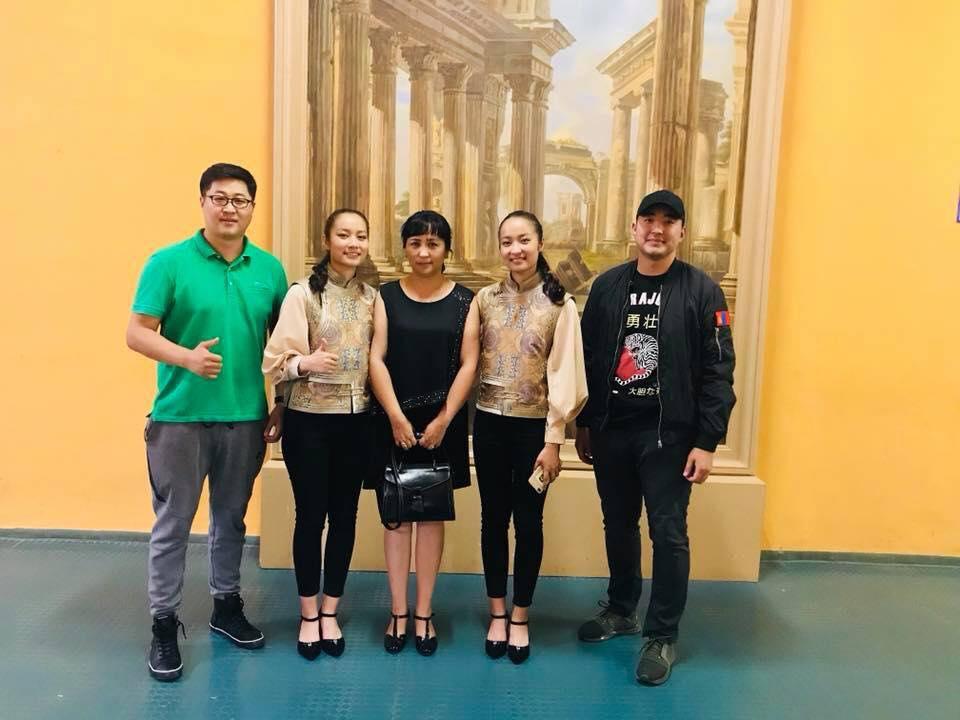 1172d3c2-9320-49ea-8586-995935320e4e Оросуудыг алмайруулсан Монгол охид