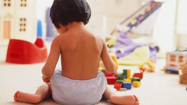1496354763514 Хүүхэд чинь ийм байрлалаар сууж байвал даруй болиулах хэрэгтэй. Яагаад гэж үү...