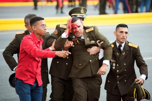 Venezuela_Maduro_220011-1 Н.Мадурог хөнөөхийг завдах үед дронууд дэлбэрч хүмүүс бэртжээ