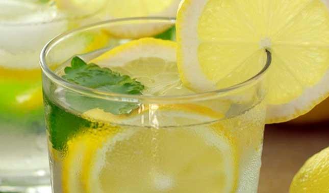 lemon-mint-water-1 Өөхийг уйлуулах шидэт 9 хүнсний бүтээгдэхүүн