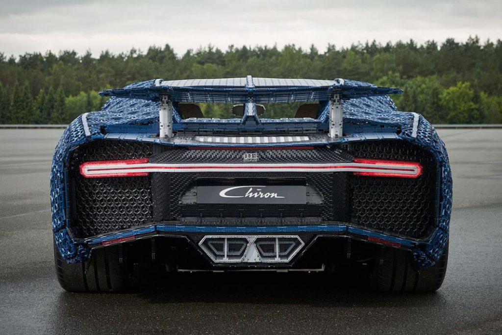 lego_technik_bugatti_chiron_2-1024x683 Лего тоглоомоор бүтсэн анхны  Bugatti Chiron машиныг амжилттай туршилаа