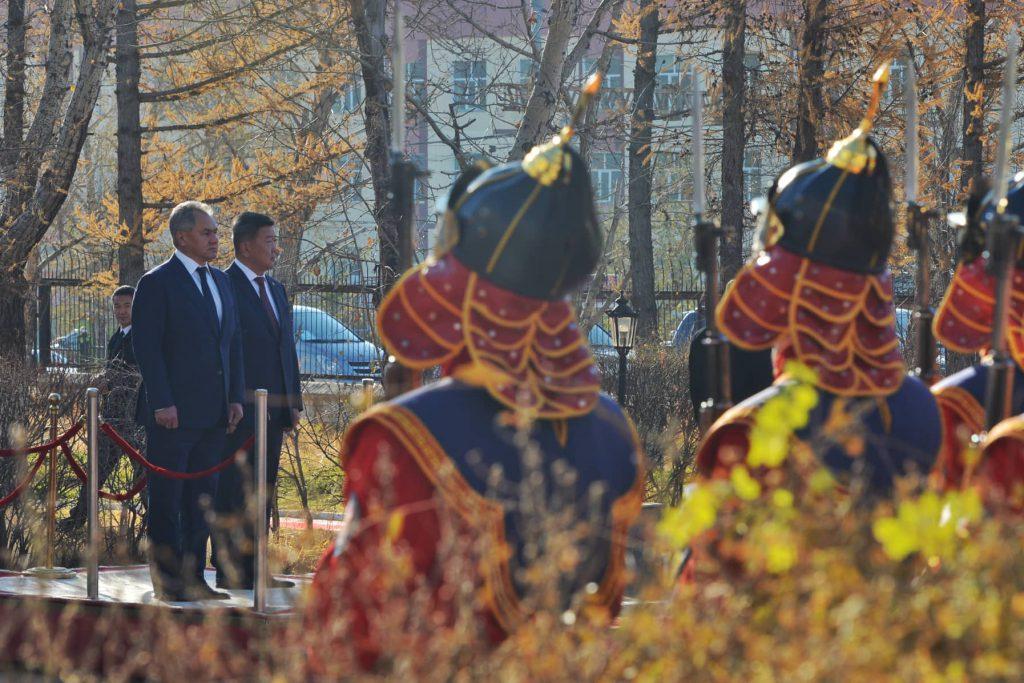44306330_1093847664107134_834535299781492736_n-1024x683 ОХУ-ын Батлан хамгаалахын сайд С.К.Шойгу Монгол Улсад айлчилж байна
