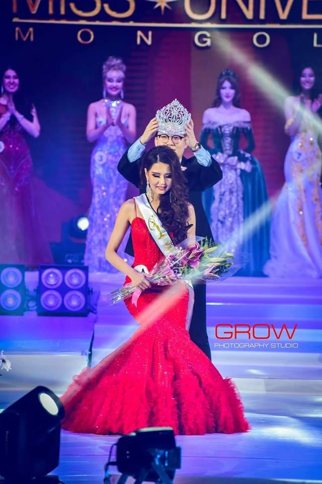 """44522667_2194901827458905_6941194099873546240_n """"Miss Universe""""-ын тайзнаа анх удаа Монголоо төлөөлж Д.Долгион өрсөлдөнө"""