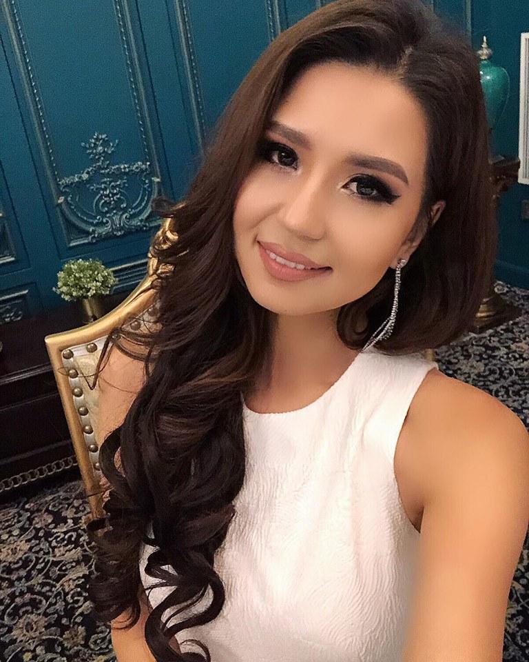 """44539053_1939837169386775_8486285602239545344_n """"Miss Universe""""-ын тайзнаа анх удаа Монголоо төлөөлж Д.Долгион өрсөлдөнө"""
