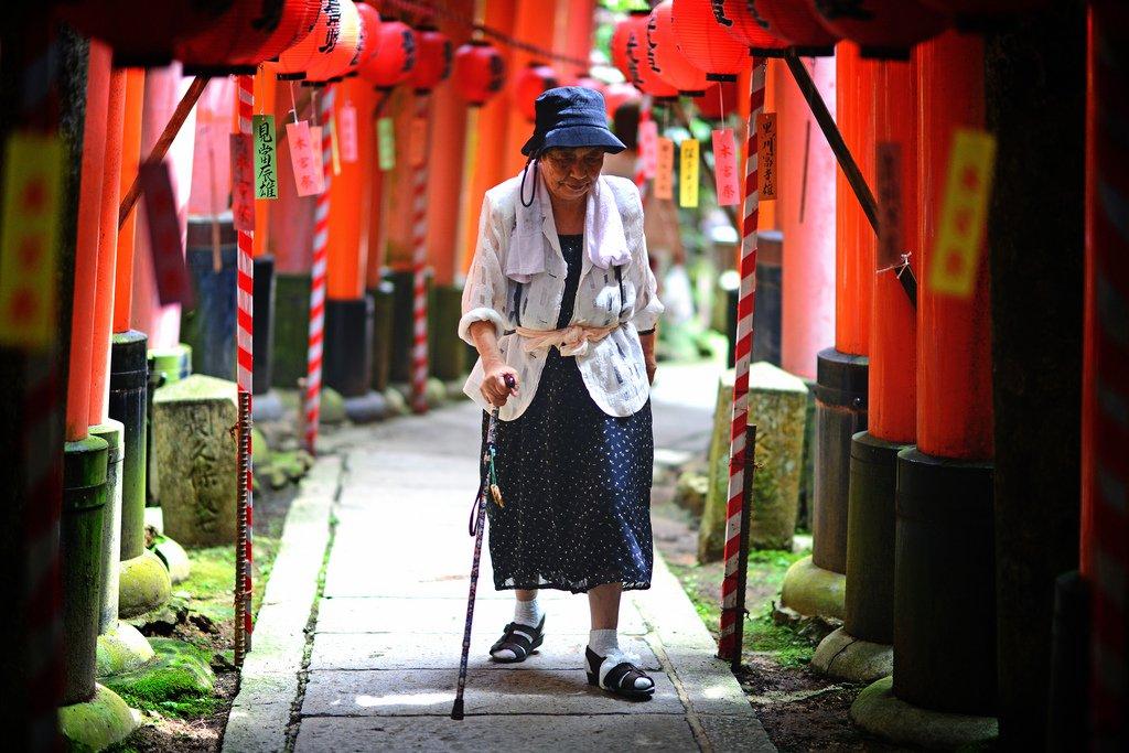 JapanElderly-HanselAndRegrettal-Flickr Япончуудаас сурах 17 чухал зүйл