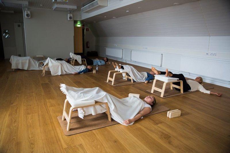 bc140629c0178e39757d199bd47e4265 Финландад ажилчидаа өдрийн цагаар 30 минут унтаж амраадаг