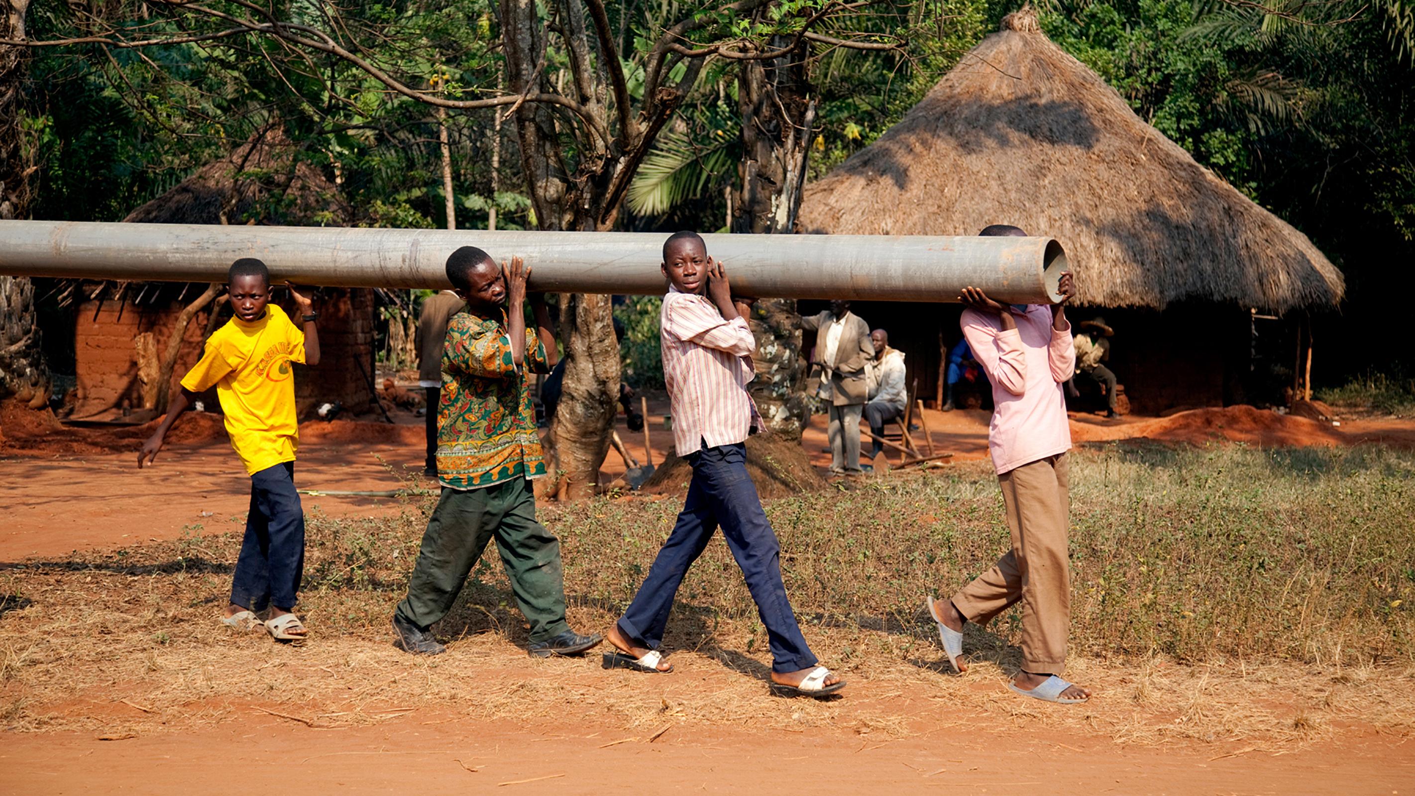 congo-welfare-media-trip-2010-750182-wallpaper Угандад хөрсний гулгалт болж 25 хүн амь үрэгджээ
