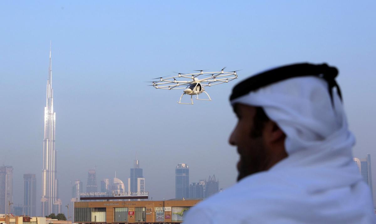 download-2 Дубайд нисдэг такси үйлчилгээнд гарлаа