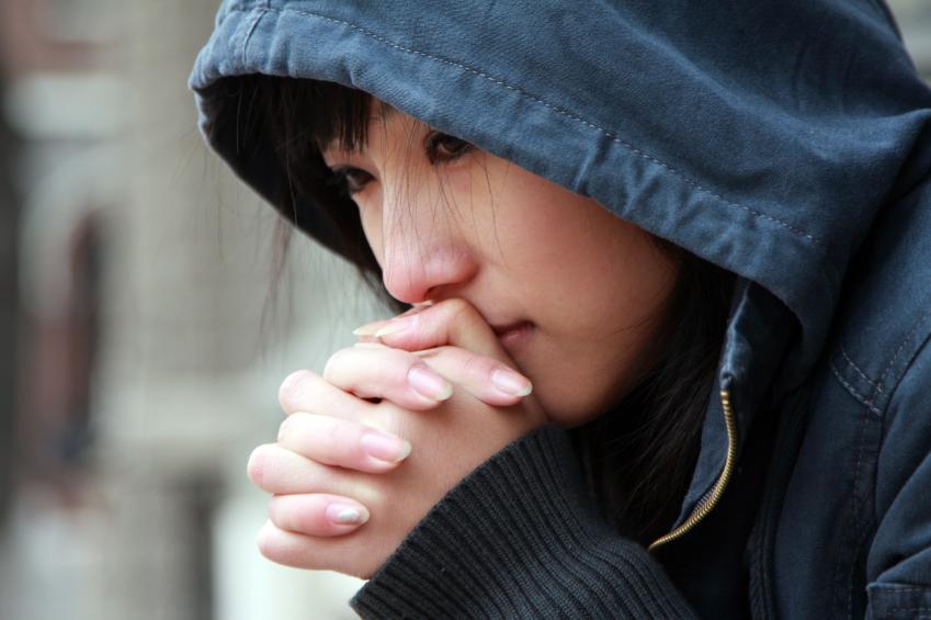 iStock_000008015147_Small Өсвөр насныхан сэтгэл гутралд автах нь ихэсчээ