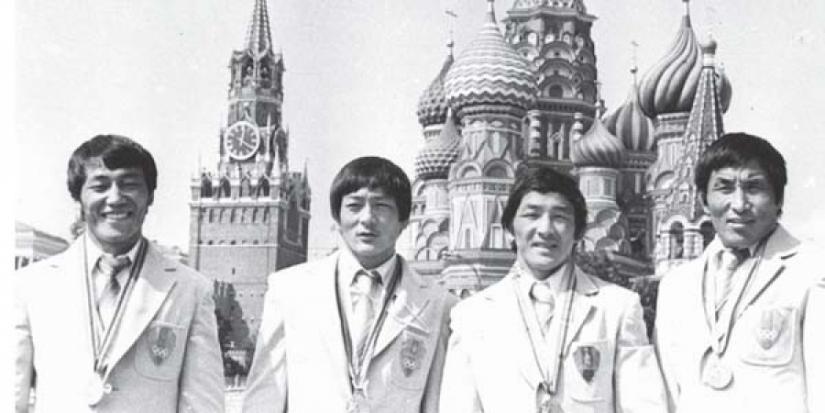 olimp Монголоо алдаршуулсан олимпийн баатрууд