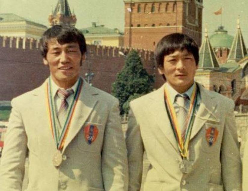 olimp1 Монголоо алдаршуулсан олимпийн баатрууд