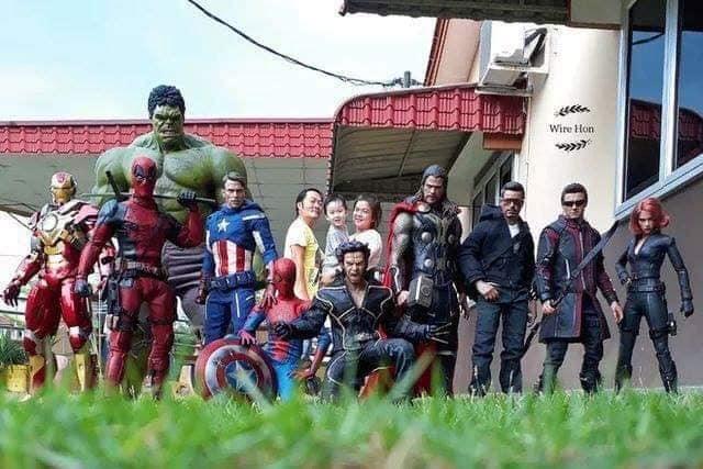 """46689649_570958113346875_8163112188211363840_n """"Avenger""""-үүд болон бусад баатруудтай зургаа татуулах шилдэг санаа"""