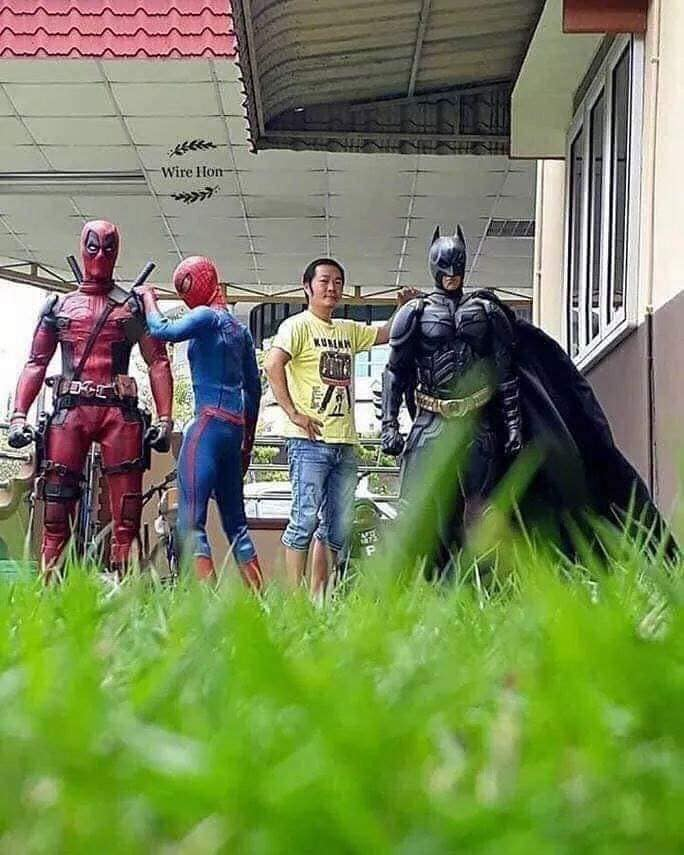 """46820741_570958083346878_6863424431260172288_n """"Avenger""""-үүд болон бусад баатруудтай зургаа татуулах шилдэг санаа"""