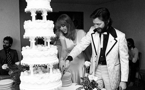 Pattie-Boyd-Love-Story-cake-w636-h600 XX зууны хамгийн алдартай дурлалын гурвалжин