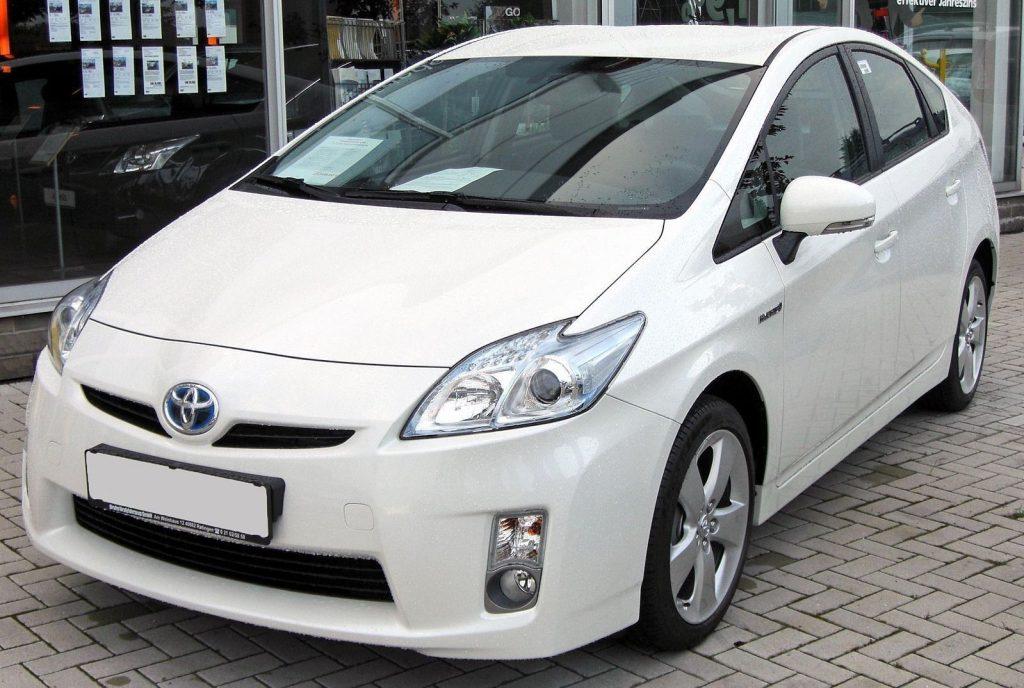 """abe233_30_x974-1024x688 """"Toyota Prius"""" машинтай хүн бүрийн заавал мэдэх ёстой зүйлс"""