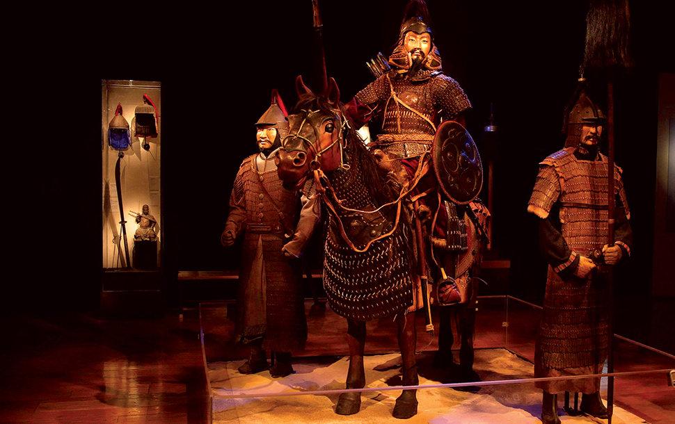 """07-2 """"Чингис хаан"""" үзэсгэлэн АНУ-д нээгдлээ"""