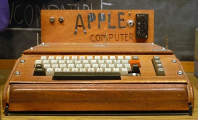 18344460-Apple_I_Computerresize_640x-1513171415-650-db2b406d1c-1514480997 Дэлхийг шуугиулсан технологиудын үүссэн түүх