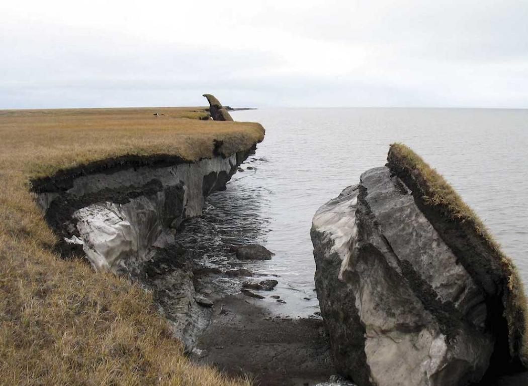 9_8_14_upton_permafrost_breakdown_Arctic_1050_769_s_c1_c_c Мөнх цэвдэг 10000 жилд нэг удаа, газрын доорхи ус 5000 жилд нэг удаа эргэлтэнд ордог