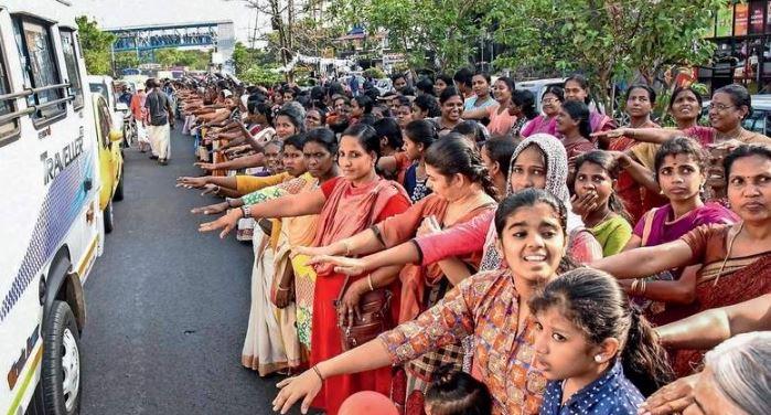 """Capture-1 Энэтхэгт 3 сая эмэгтэй """"хүн хана"""" үүсгэжээ"""