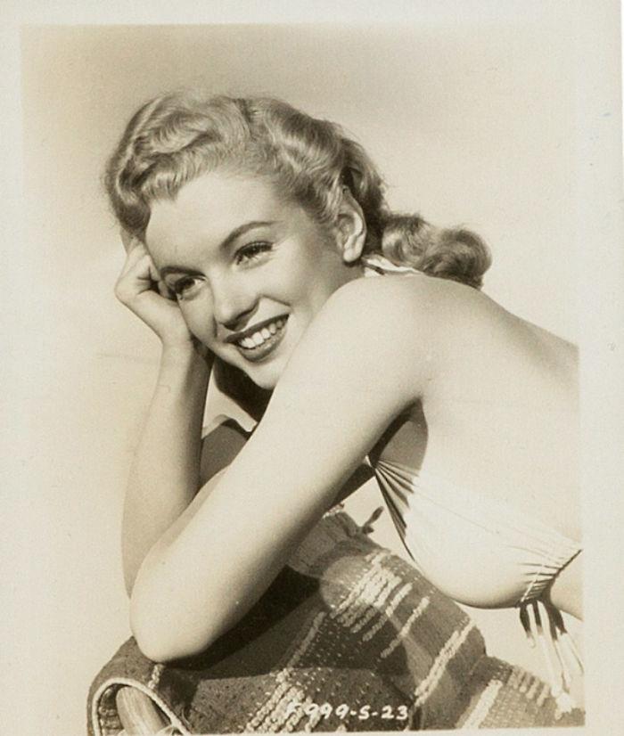 Photos-never-seen-before-Marilyn-Monroe-before-fame-will-go-to-the-auction-5ab16bd83a6ed__700 Мэрилин Монрогийн олонд дэлгэгдэж байгаагүй зургууд