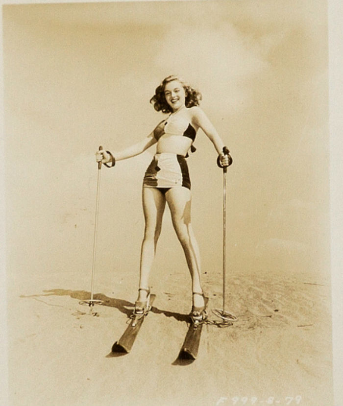 Photos-never-seen-before-Marilyn-Monroe-before-fame-will-go-to-the-auction-5ab16be0c9fb6__700 Мэрилин Монрогийн олонд дэлгэгдэж байгаагүй зургууд