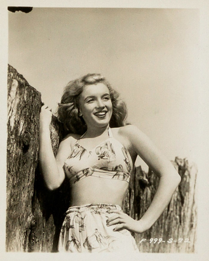Photos-never-seen-before-Marilyn-Monroe-before-fame-will-go-to-the-auction-5ab16be54ef44__700 Мэрилин Монрогийн олонд дэлгэгдэж байгаагүй зургууд