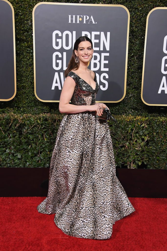 anne-hathaway-attends-the-76th-annual-golden-globe-awards-news-photo-1078338352-1546825860-683x1024 Алтан бөмбөрцөг 2019: Улаан хивсний ёслол