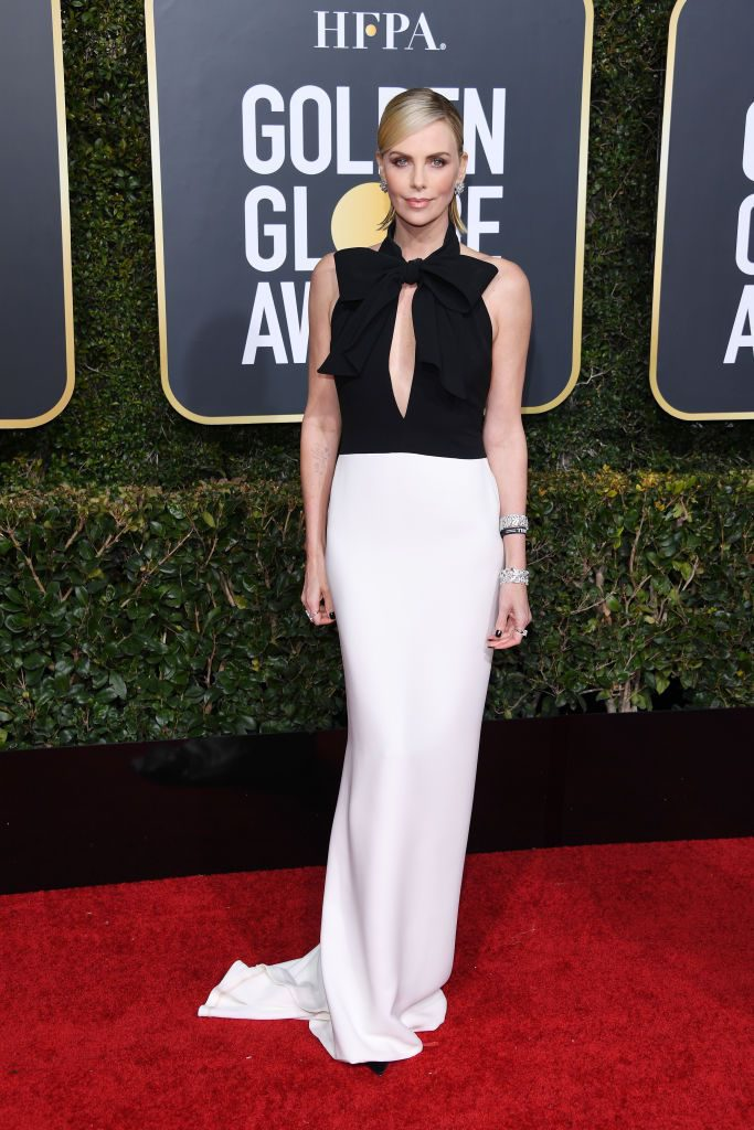 charlize-theron-attends-the-76th-annual-golden-globe-awards-news-photo-1078435114-1546836649-683x1024 Алтан бөмбөрцөг 2019: Улаан хивсний ёслол