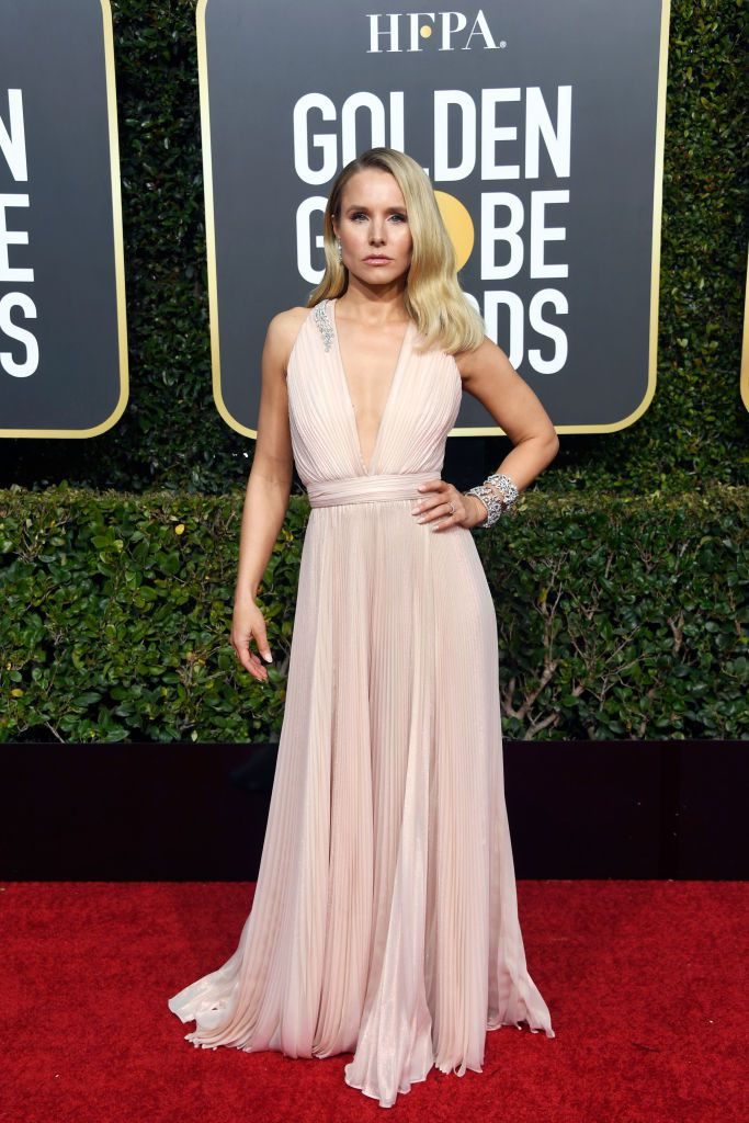 kristen-bell-attends-the-76th-annual-golden-globe-awards-at-news-photo-1078337290-1546822707-683x1024 Алтан бөмбөрцөг 2019: Улаан хивсний ёслол