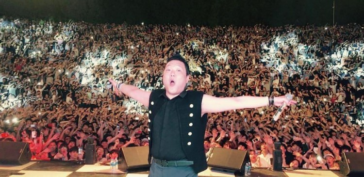 psy-unveils-his-own-entertainment-company-p-nation-photo-by-official-psy-facebook Дуучин PSY компани байгуулжээ