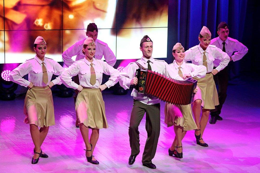 003 Оросын армийн Александровын нэрэмжит дуу, бүжгийн чуулга Монголд ирнэ