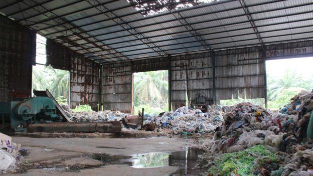 105060133_img_0707edited Хогны импорт Малайзын нэгэн хотын амьдралыг бусниулж байна