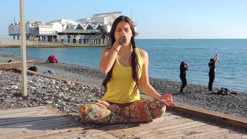11-2 Өдөрт 10 минутыг доорх дасгал хийхэд зориулбал хөгширсөн хойноо ч оюун ухаан саруул байх болно!