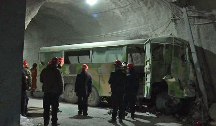 china_mine_accident Уурхайн ослоор Өвөр Монголд 21 хүн амиа алджээ
