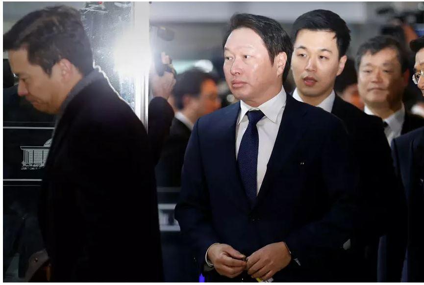 """05 Солонгосын улс төр, бизнесийг атгасан гэр бүлүүд буюу """"чэбол"""""""