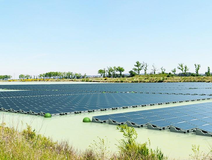 3-9 Далай дээрх нарны зайн эрчим хүчний хамгийн том ферм энэ жил ашиглалтад орно