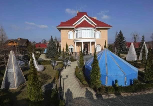 55552020_620289091771014_531689759806849024_n Улсаасаа зугтсан, Украины прокурор асан Пшонкагийн тансаглал