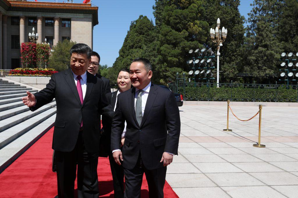 OTGO8844-1024x683 Ерөнхийлөгч Х.Баттулгыг БНХАУ-ын дарга Ши Жиньпин Ардын Их хурлын талбайд угтав