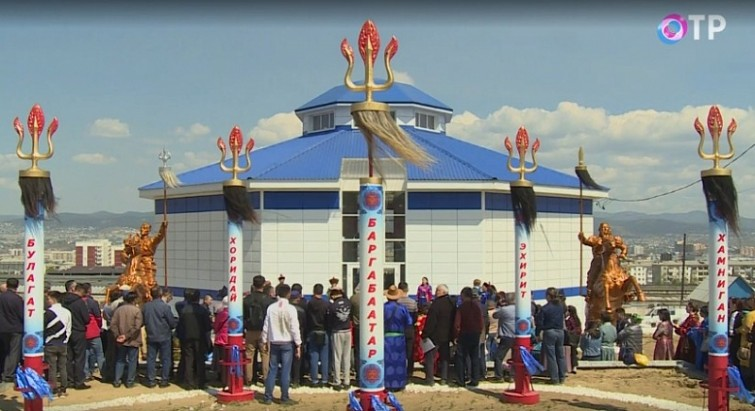 бөө Оросын бөөгийн анхны сүм нээгджээ