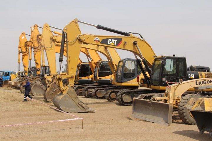 46a15c807b28c33922fe75406421d9f9 Чингис хот-Бэрх чиглэлийн автозамын барилгын ажлыг эхлүүллээ