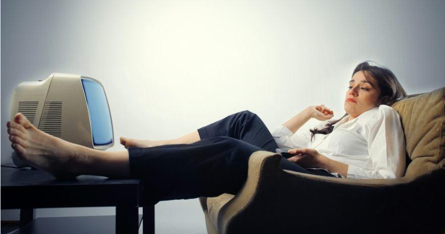 bigstock-woman-falling-asleep-while-she-12153143-1024x721 Амжилтанд хүрсэн алдартнууд хэзээ ч бусдаас бурууг хайдаггүй